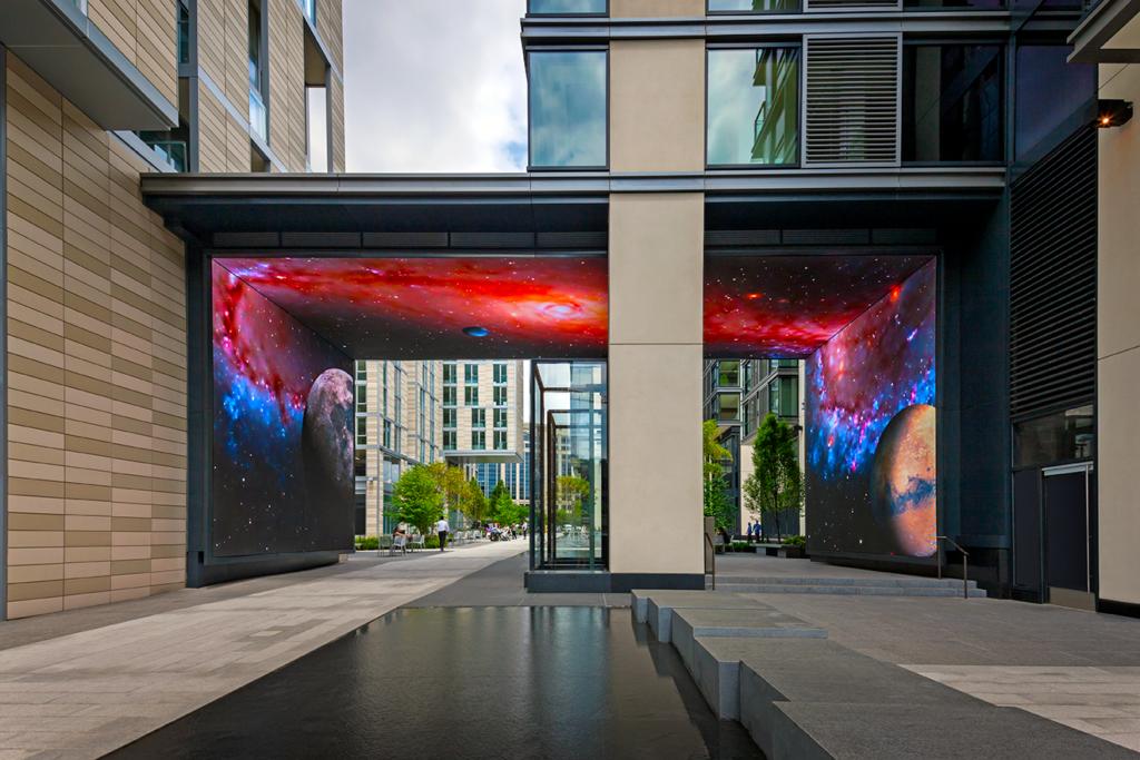 citycenterdc_exterior_aker-photo_exterior_space-web